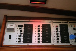 """Hella """"roll-on"""" red light for the electrical panel"""